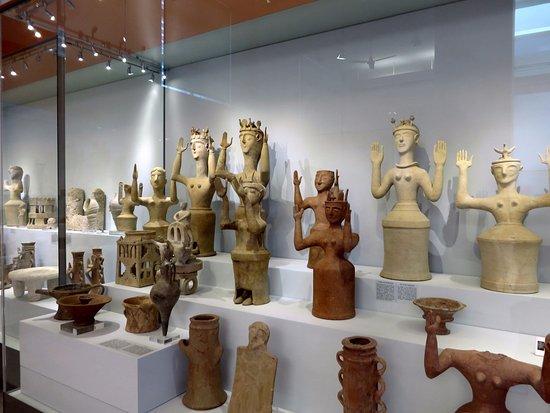 Αρχαιολογικό Μουσείο Ηρακλείου: idoli votivi