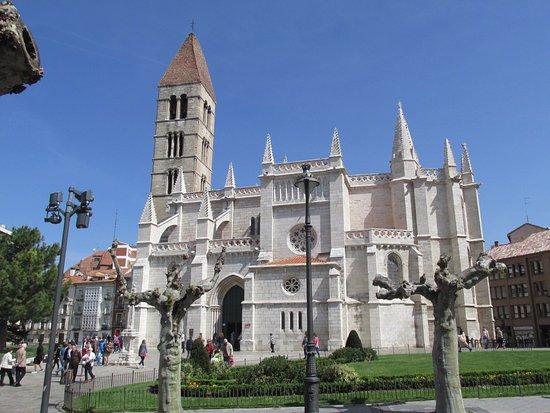Santa Maria la Antigua Church : Panorámica, desde el sur
