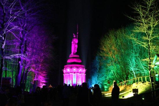Baumkronenweg Edersee: Jedes Jahr ein Highlight: Lasershow am Hermann