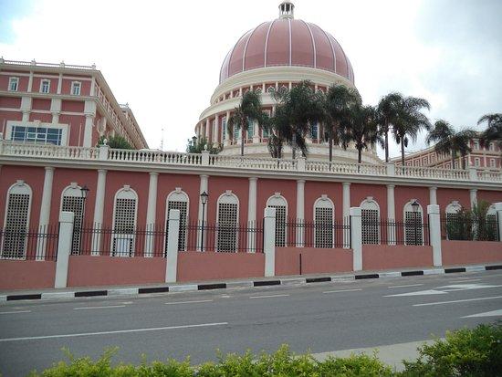 Cidade Alta: parliament building