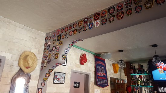 Los Tabernacos Sports Bar and Lounge: Firehall crests