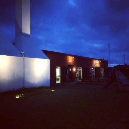Skanor, السويد: Late night in april
