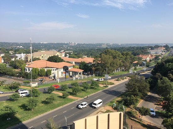 Southern Sun Hyde Park Sandton: view from roof terrace