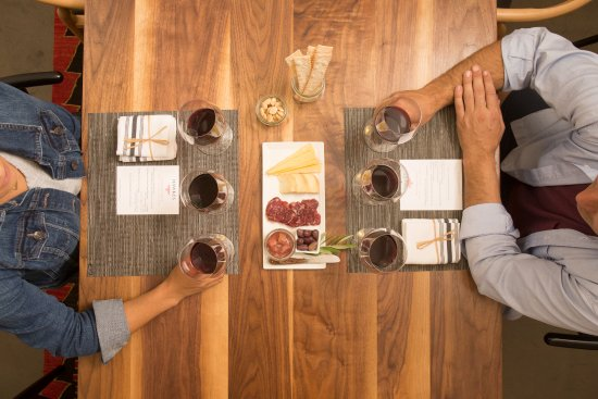 Healdsburg, CA: Reserve Room Tasting