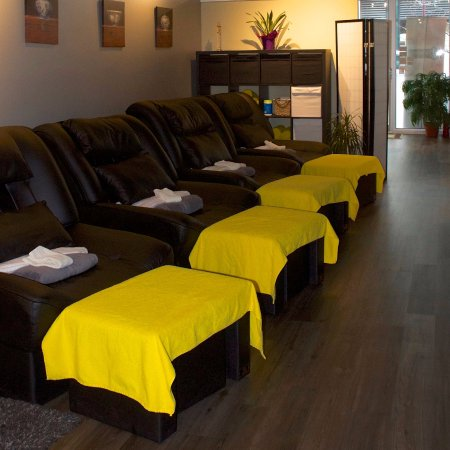 9 elements spa and reflexology victoria all you need for 5 elements salon