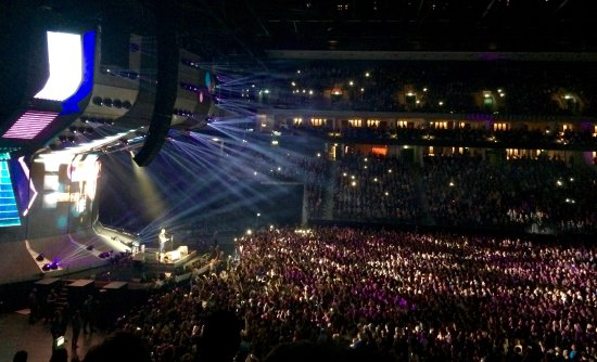 ed sheeran 39 s concert picture of mercedes benz arena