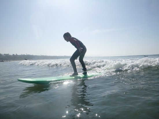 Dana Point, CA: Fun, glassy waves at Doheny make surf lessons awesome!