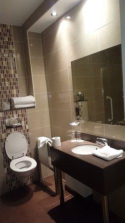Ard Ri House Hotel: Snapchat-815040350_large.jpg