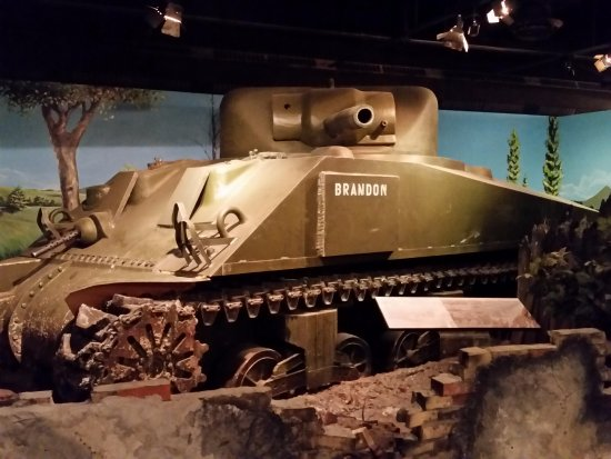 The Military Museums : WW2 Sherman tank.