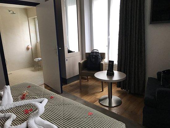 투어리즈메 호텔 이미지