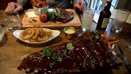 Chipping Sodbury, UK: Ribs & Cote du Bouef