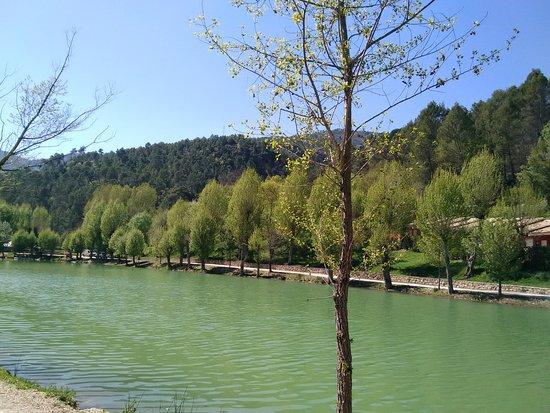 Hotel Rural Noguera de la Sierpe: Vistas del lago.