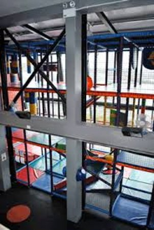 Castleblayney, Ιρλανδία: Bring the kids to enjoy our 10,000 square foot play frames!