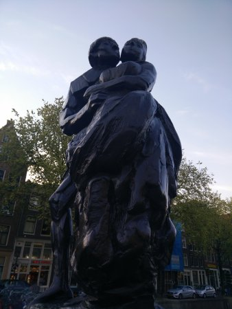 Bredero Monument