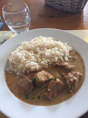 Corcieux, Francja: Émincé de veau et riz