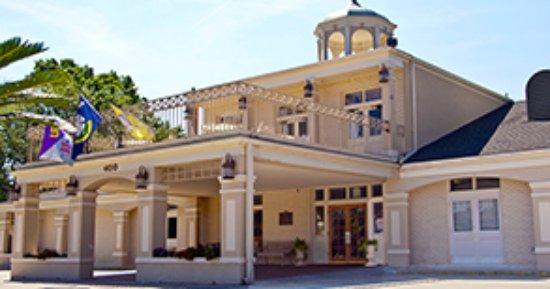 Thibodaux, LA: Hotel Main Building Entrance.