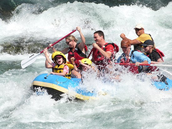 Oregon City, OR: Family Fun! Class III whitewater on the Clackamas river.
