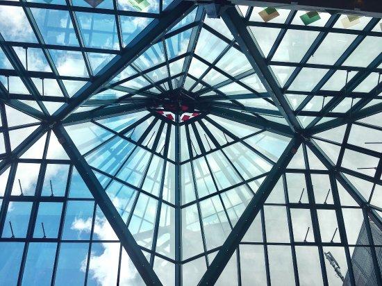 Mülheim an der Ruhr, Tyskland: Gute Einkaufsmöglichkeit mit Zusatzerlebnissen wie ein Kino und Essgelegenheit