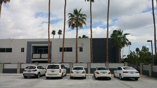 Residenza San Lorenzo: Parking lot