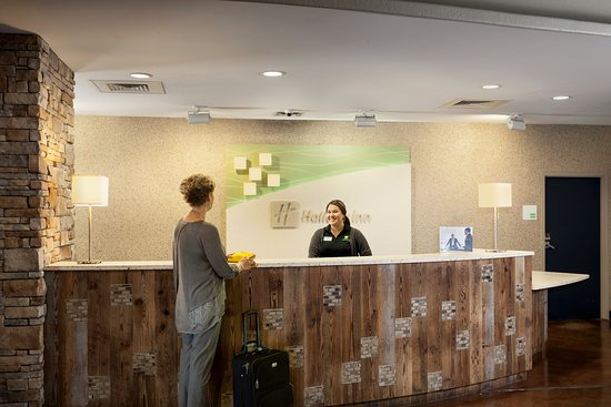 front desk check in area picture of holiday inn san antonio nw rh tripadvisor co za