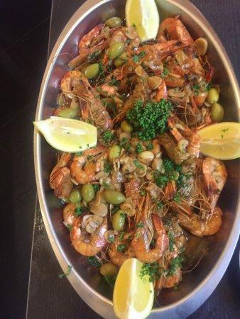 Фонтен-су-Буа, Франция: Crevettes sur comande ..dans restaurant galaxia 2