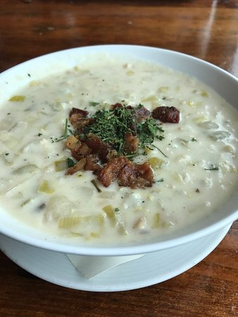 Marshall, CA: clam chowder is good