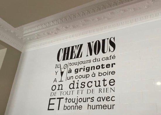Issy-les-Moulineaux, Francia: chez nous la bonne humeur et le sourire sont toujours la...