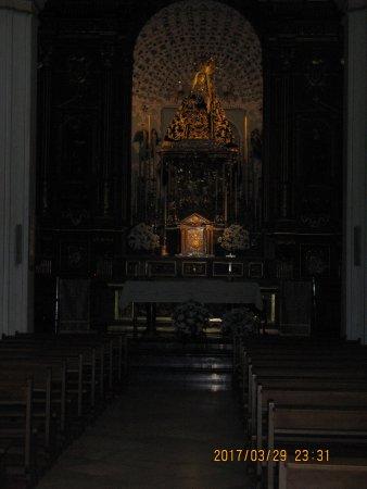 Cristo de los Faroles: Church interior