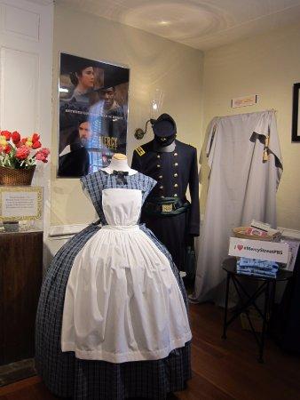 الإسكندرية, فيرجينيا: period dress
