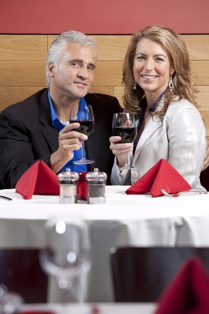 Reds at Sedona Rouge Hotel & Spa : REDS couple dining