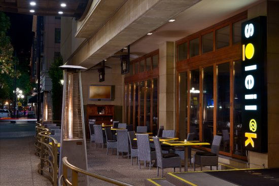 Soleil k: Street level in the heart of the Gaslamp