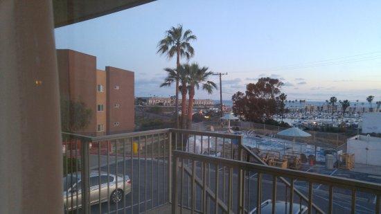 Days Inn Oceanside: Harbor view