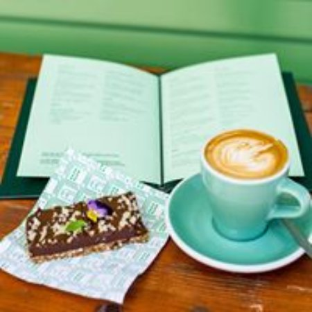 Matakana, New Zealand: eighthirty coffee and delicious treats made in store