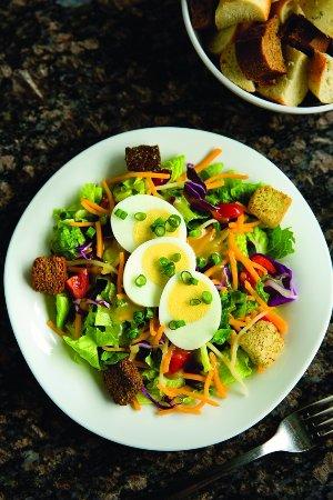Naperville, IL: The Melting Pot House Salad
