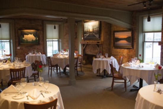 Frenchtown, NJ: Our Brick Dining Room