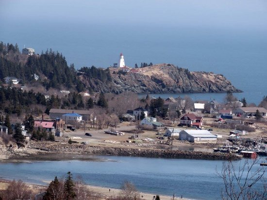 Grand Manan, Canadá: Our neighborhood, in the metropolis of North Head!