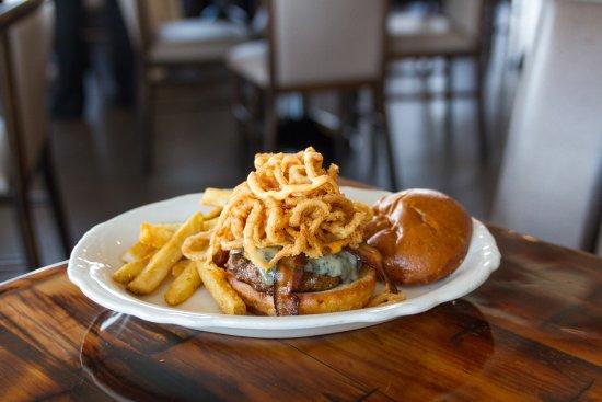 Gladstone, MI: Tavern Burger