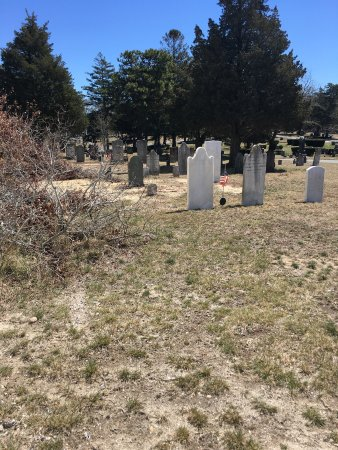 South Dennis, MA: Cemetery