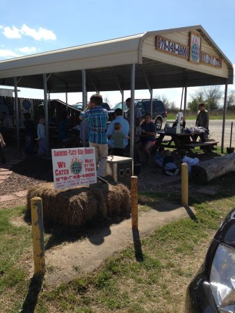 Hearne, TX: Blue Moon BBQ