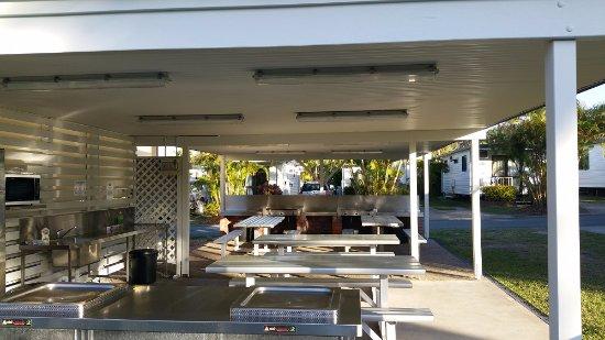 Alexandra Headland, Australien: BBQ & communal kitchen
