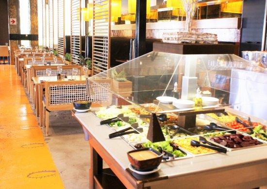 Centurion, Zuid-Afrika: The Salad Cart, upstairs in the main restaurant