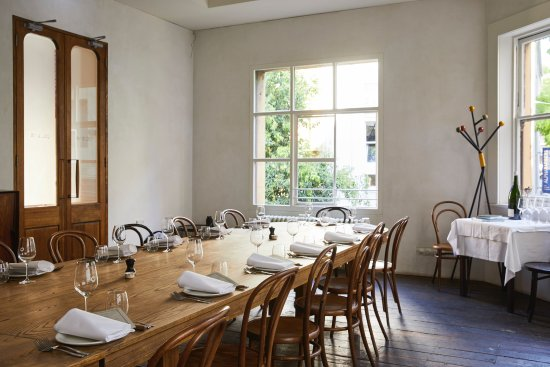 The private dining room picture of french saloon for Best private dining rooms in melbourne