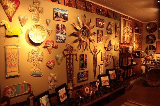 Springdale, UT: Sorella Gallery - unique artworks and collectables