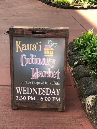 Koloa, HI: Also, there is music and a cooking demonstration.
