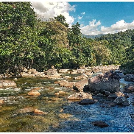 Mossman, Australia: The river by the hotel