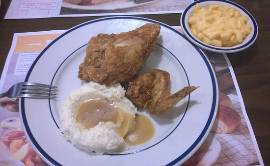 North Canton, OH: Broasted Two Piece Dark Chicken Dinner W/ Mashed Potatoes, Gravy, and Macaroni & Cheese