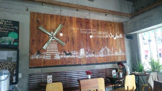 Windmills Cafe: DSC_0527_large.jpg