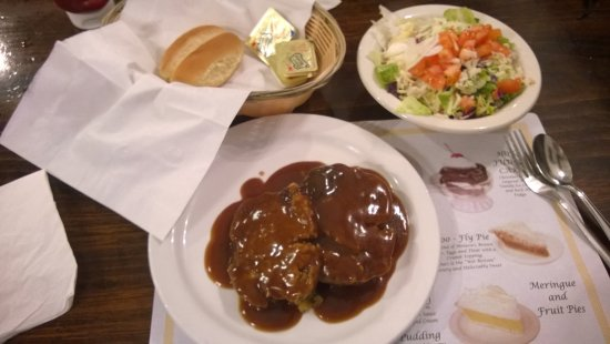 DuBois, Pensilvanya: Meatloaf Dinner (two pieces) with Stuffing, Side Salad, & Roll