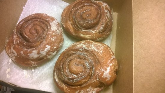 East Hartford, CT: Cinnamon Buns
