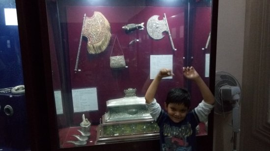 Darbar Hall Museum: Silver antique